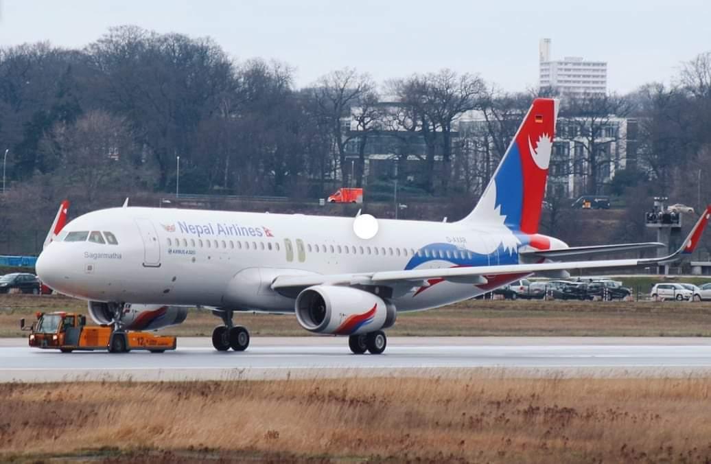नेपाल एयरलाइन्सको जहाजले चीनबाट स्वास्थ्य सामग्री ल्याएर आयो