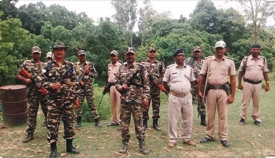 भारतीय सुरक्षाकर्मीहरुले नेपाली भुमिमा आएर सडक भत्काए