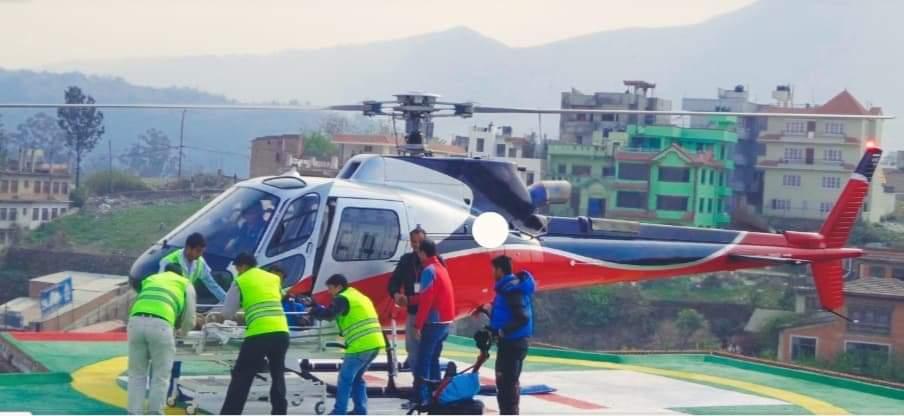 राष्ट्रिय सभा सदस्य पासवानलाई उपचारका लागि हेलिकप्टरमार्फत काठमाडौं लगियो