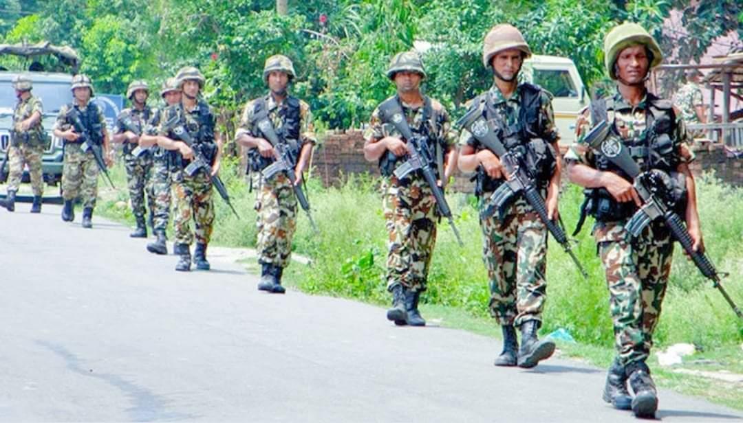 चोरी शिकारी रोक्न नेपाली सेनाको 'अप्रेसन ७ महिनामा १५ जना पक्राउ