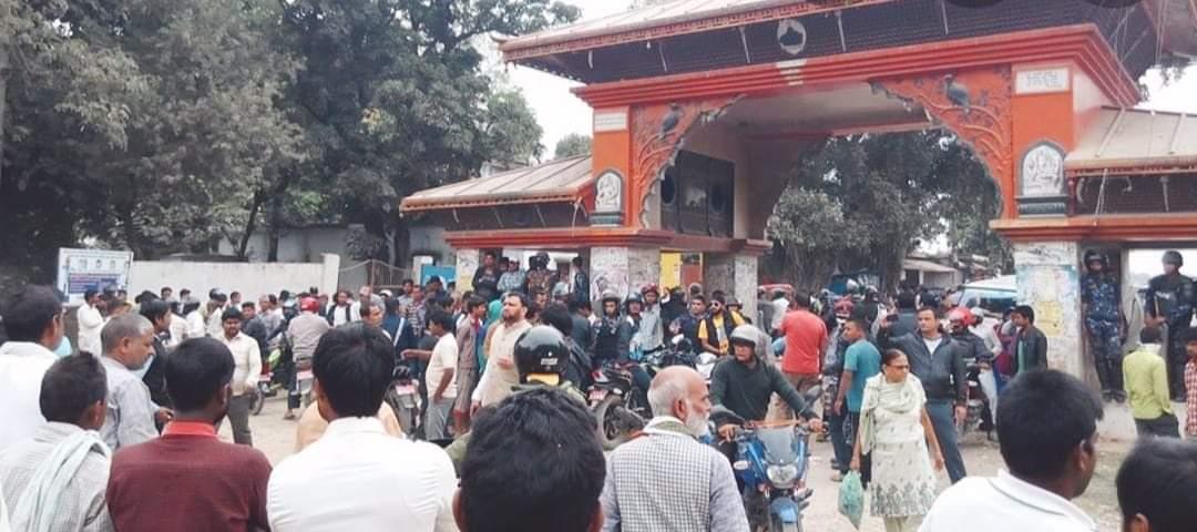 सिडियोले नागरिकलाई अनावश्यक दुख दिए भारतीय नम्वर गाडीहरु नेपाल आउँछन जान्छन्