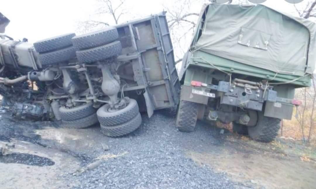 बाँकेमा नेपाली सेनाको गाडी दुर्घटना हुँदा १० जना घाइते