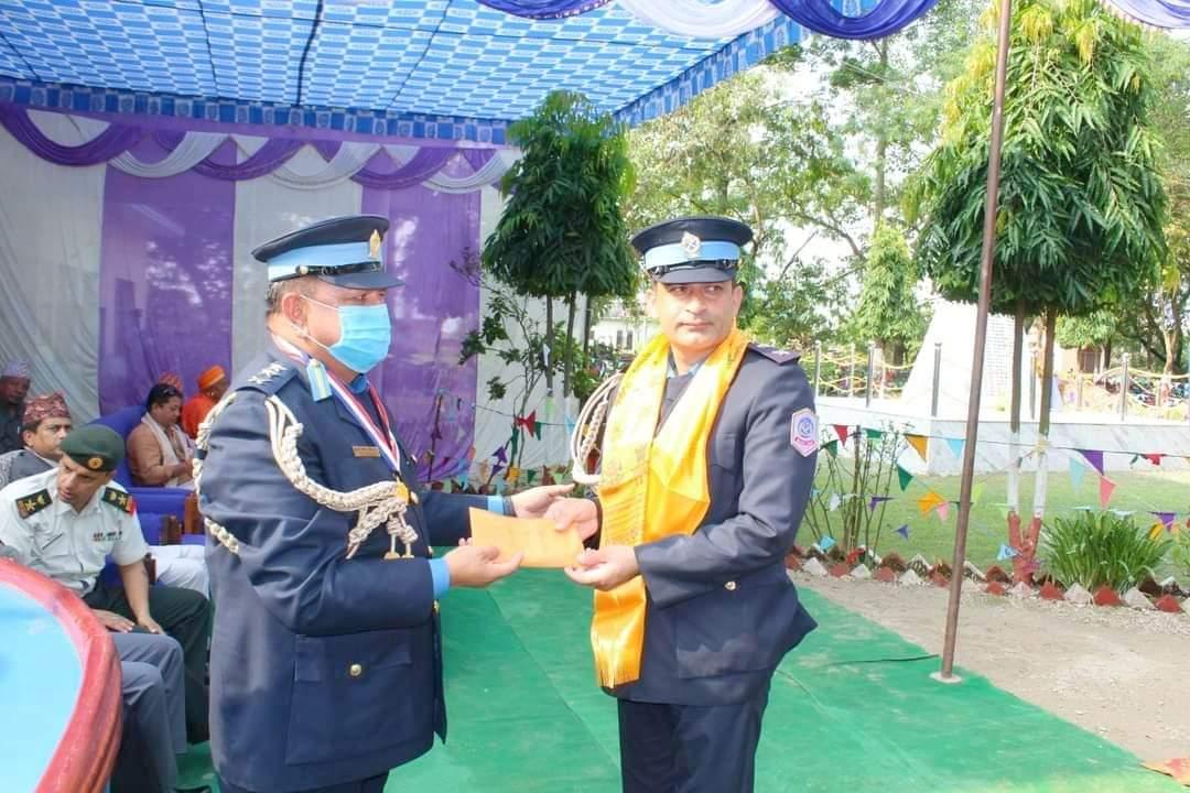 ६६ औं प्रहरी दिवसको अवसरमा कोहलपुरका प्रहरी प्रमुख डिएसपी खनालसहित २६ परष्कृत